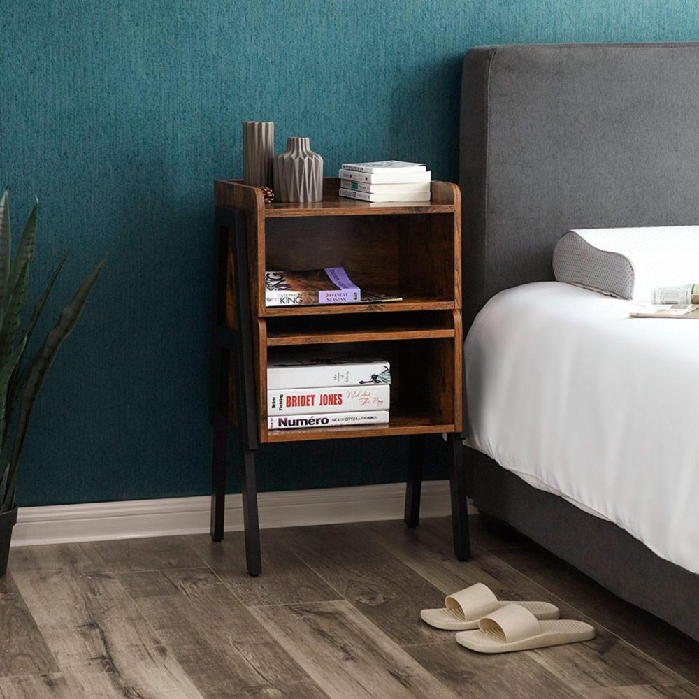 mesita noche vintage dormitorio
